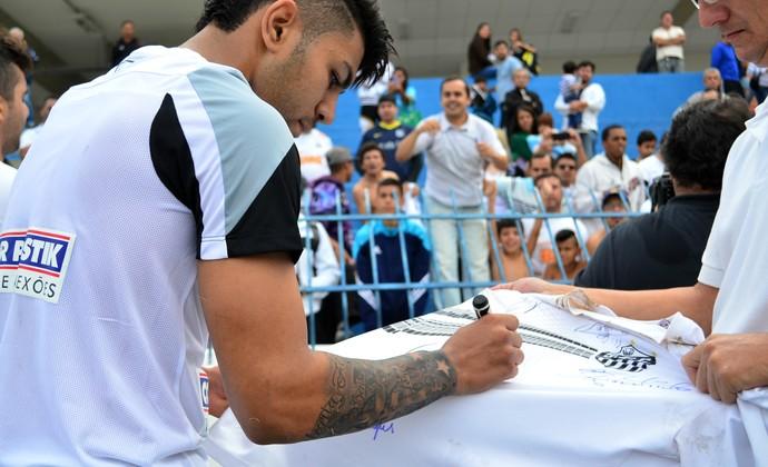 Gabriel Gabibol Santos torcedor São José dos Campos (Foto: Danilo Sardinha/GloboEsporte.com)