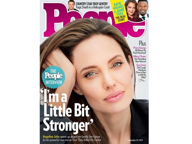 Angelina Jolie na capa da revista People (Foto: Reprodução)