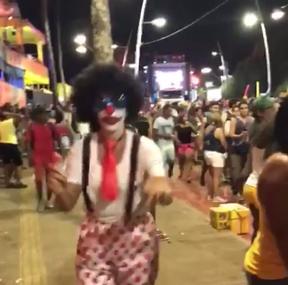 Ivete Sangalo dança na pipoca em Salvador (Foto: Reprodução/Instagram)