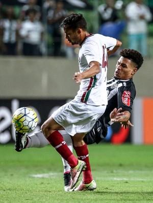 Gustavo Scarpa, Júnior Urso, Atlético-MG x Fluminense (Foto: Bruno Cantini/ Flickr Atlético-MG)