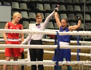 BLOG: Beatriz é a grande aposta do boxe brasileiro para esse ciclo