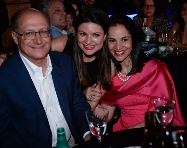 Geraldo Alckmin com a mulher, Lu Alckmin, e a filha, Sofia Alckmin (Foto: Francisco Cepeda/AgNews)