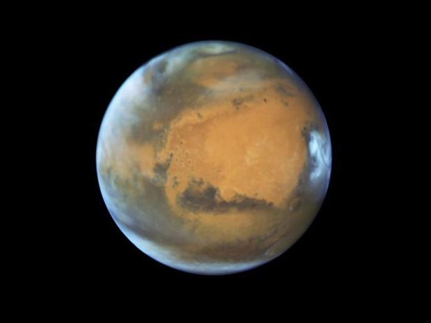 Novas imagens do Hubble mostram aproximação de Marte da Terra (Foto: Reprodução/BBC)