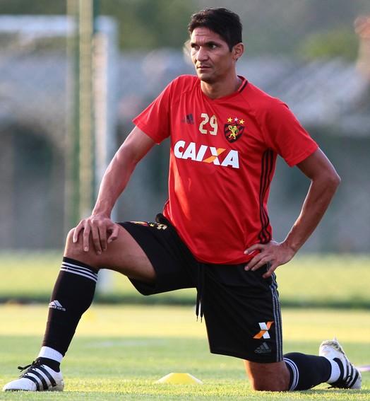 vai somar (Marlon Costa/Pernambuco Press)