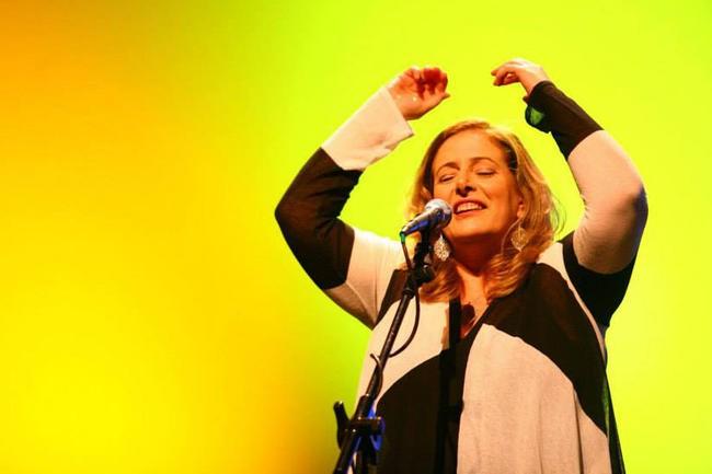 Na segunda-feira (13), às 20h30, a cantora Consuelo de Paula sobe ao palco do Cine-Teatro Ópera (Foto: Divulgação/Prefeitura de Ponta Grossa)
