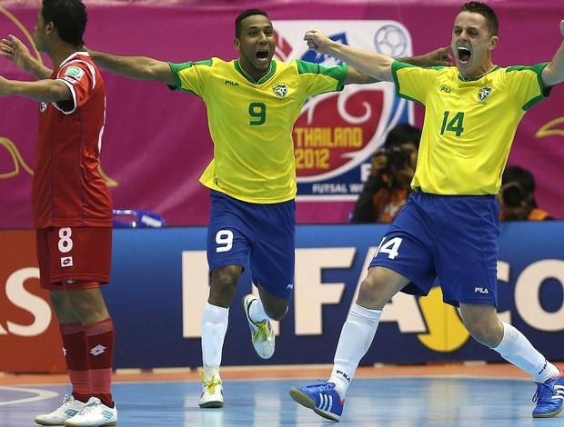 Futsal Rodrigo e jê brasil e panamá tailândia (Foto: Agência Getty Images)