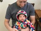 Zuckerberg acende debate sobre vacinação em foto com a filha