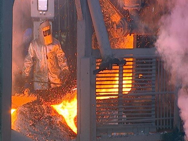 siderurgia siderúrgica Divinópolis MG indústria (Foto: Reprodução/TV Integração)