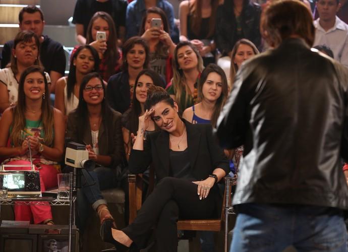 Cleo Pires ri de performance de Tom Cavalcante como Fábio Jr. (Foto: Carol Caminha/Gshow)