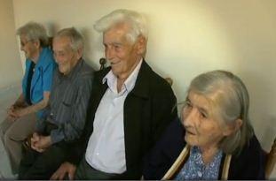 Irmãos têm 100, 97, 94 e 94 anos de idade (Foto: Reprodução RBS TV)