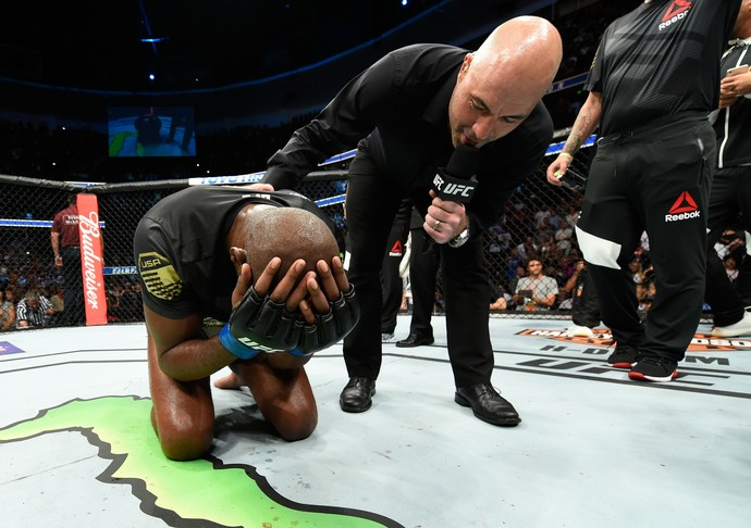 Jon Jones, Joe Rogan, UFC 214, MMA (Foto: Getty Images)