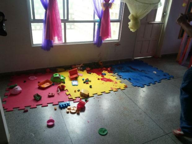 Jovem foi morto a tiros dentro de uma das salas da creche, em Várzea da Roça (Foto: Blog Agmar Rios)