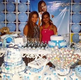 Renatinha e Karol Maravilha (Foto: Reprodução/Facebook)
