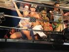Beijinho no ombro! Popozuda canta com Claudia Leitte em Salvador