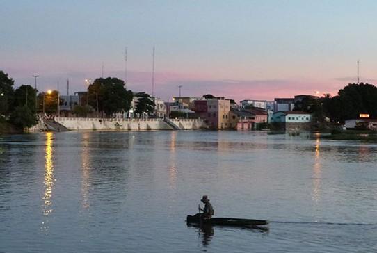 Vista da cidade de Cáceres, no Mato Grosso (Foto: Divulgação/ Projeto Bichos do Pantanal/Douglas Trent e Juliana Arini)
