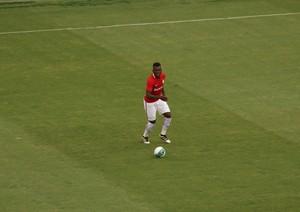 Paulão zagueiro Inter (Foto: Tomás Hammes/GloboEsporte.com)