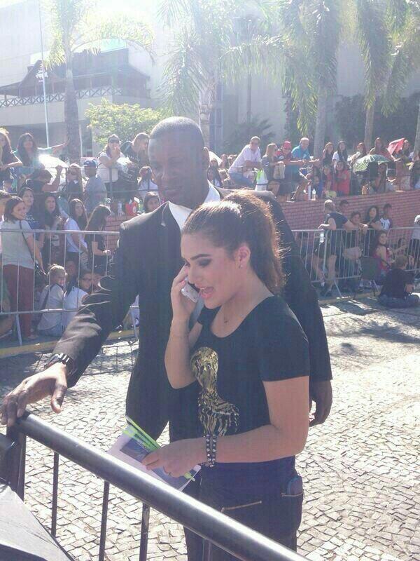Livian Aragao no show de Demi Lovato no Rio (Foto: Reprodução/Twitter)