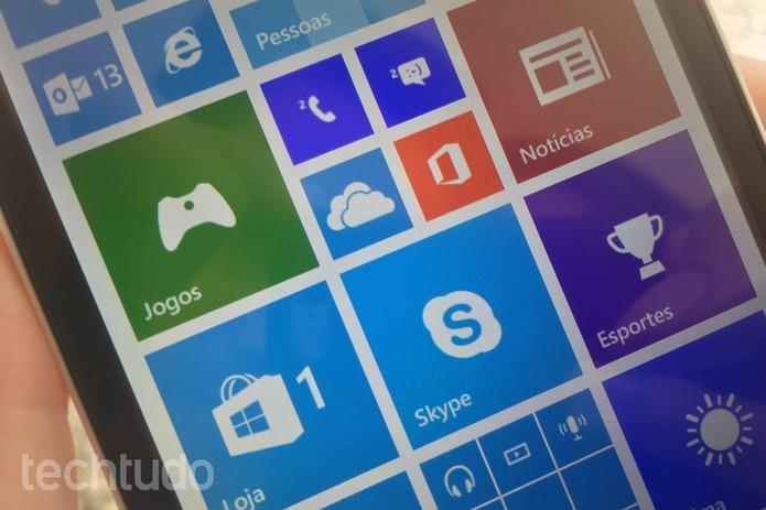 Lumia 535 apresenta bom desempenho (Foto: Lucas Mendes/TechTudo)