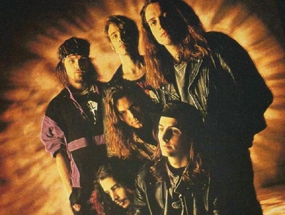 Temple of Dog com Chris Cornell mais abaixo (Foto: Divulgação)