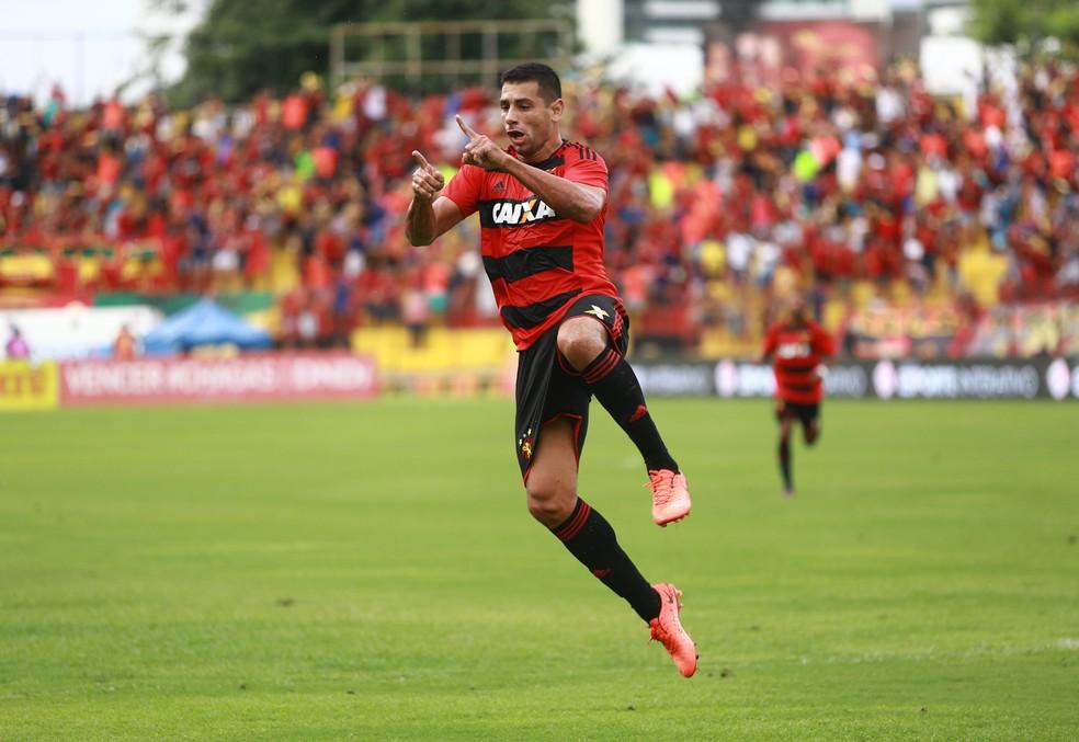 Diego Souza disse em conversa com diretores do Sport que não queria trocar o clube (Foto: Williams Aguiar/Sport Club do Recife)