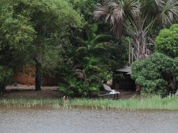 Reservatório do Batatã sofre com ocupações impróprias (Foto: Biaman Prado/O Estado)