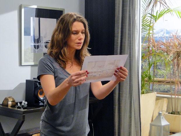 Laura descobre que Fabiano é Luís Avelar, antigo amor de Carmem (Foto: Malhação / Tv Globo)