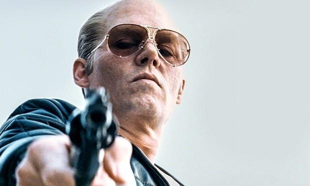 Johnny Depp em 'Aliança do Crime' (Foto: Divulgação)