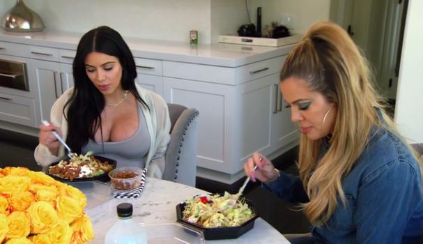 Khloé Kardashian considera a dieta de Kim muito intensa  (Foto: Reprodução)