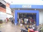 Agências da Caixa Econômica ficam lotadas neste sábado em Fortaleza