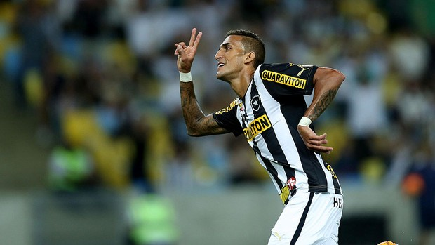 rafael marques botafogo gol vasco série A (Foto: Alexandre Cassiano / agência O Globo)