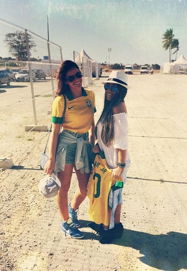 Bruna Marquezine e Rafaella Santos (Foto: Reprodução / Instagram)