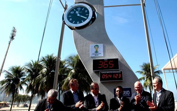 relógio contagem regressiva copa do mundo 2014 (Foto: Agência Reuters)