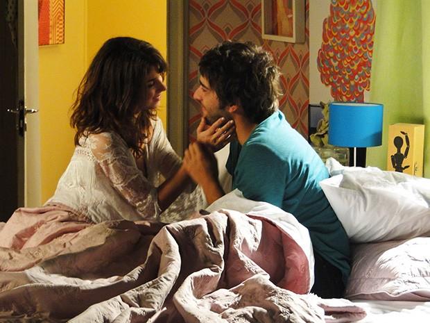 Davi se declara para Manu e dois se beijam (Foto: Giulia Gomes/Gshow)