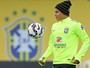 """Thiago Silva reclama das críticas de ex-jogadores: """"Falam muita besteira"""""""