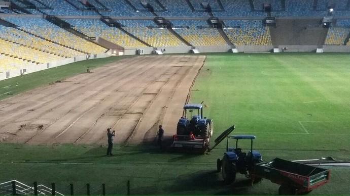 Gramado do Marcanã é retirado para as Olimpíadas (Foto: GloboEsporte.com)
