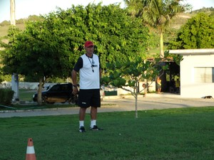 Preparador físico do Central, Paulo Bustamante (Foto: Vital Florêncio / GloboEsporte.com)