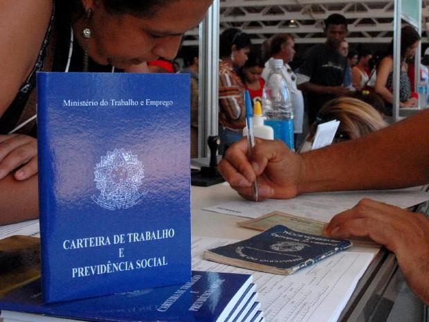 Vagas estão disponíveis no Sine Manaus (Foto: Marcello Casal Jr/ABr)