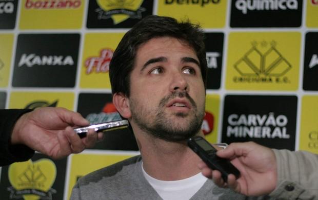 Rodrigo Pastana, gerente de futebol, Criciúma (Foto: Fernando Ribeiro, Divulgação / Criciúma EC)