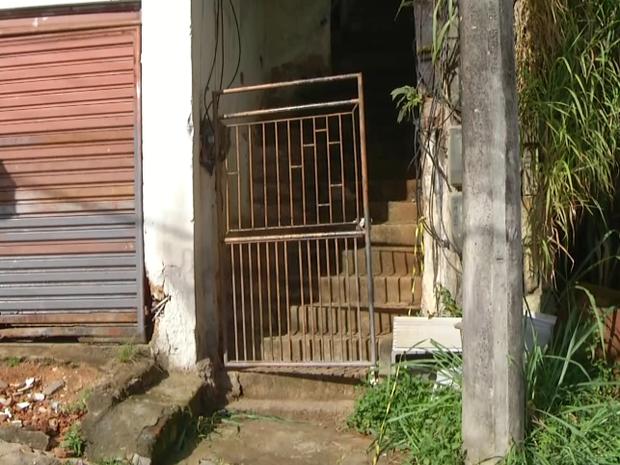 Caso chocou moradores de Petrópolis (Foto: Jairo Martins/Inter TV)