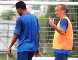Treino Avaí Cleber Santana Marquinhos (Foto: Marcelo Silva)