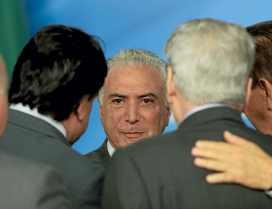 O presidente Michel Temer no Planalto.Diante da pancada inevitável,o governo busca reduzir os efeitos da Lava Jato (Foto: Adriano Machado / Reuters)
