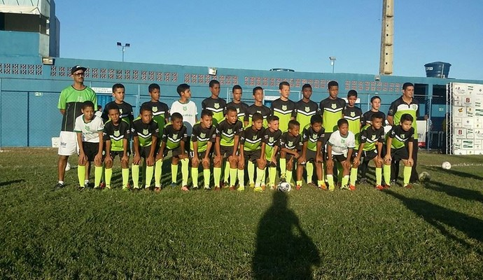 Equipe durante participação na Copa José Maria Melo em 2016 (Foto: Divulgação)