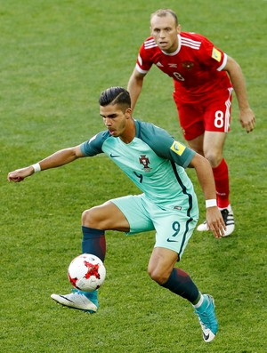 André Silva Rússia x Portugal (Foto: Reuters)