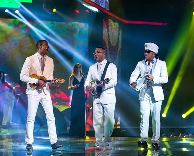 Dudu, Romero e Brown cantaram o sucesso 'Deixa a Vida me Levar' (Foto: Isabella Pinheiro/Gshow)