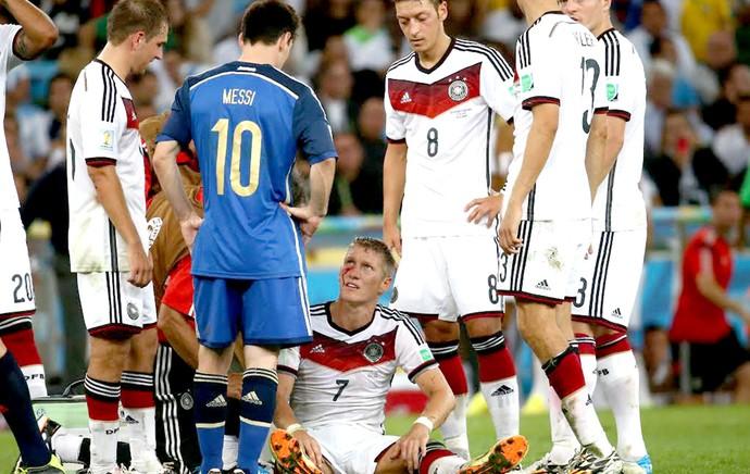 Schweinsteiger sangrando final Alemanha x Argentina (Foto: André Durão / Globoesporte.com)