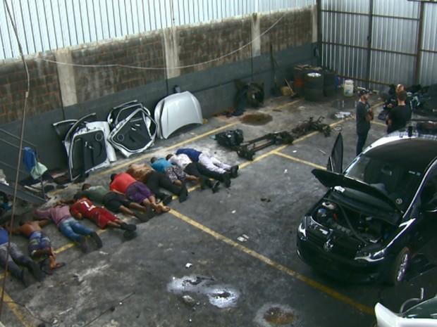 Quadrilha é presa suspeita de furto e roubo de carros em Sumaré, SP (Foto: Reprodução/ EPTV)