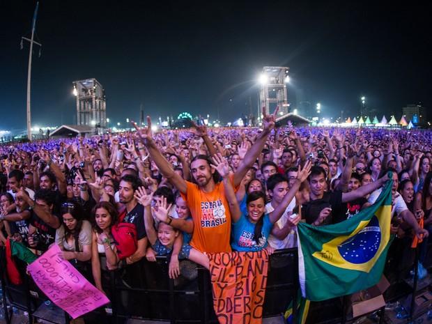 Público assiste ao show do Pearl Jam no Lollapalooza (Foto: Flavio Moraes/G1)