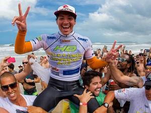 Gabriel Medina conquistou título de campeão mundial junior na Joaquina (Foto: Gabrielmedina.com/Reprodução)