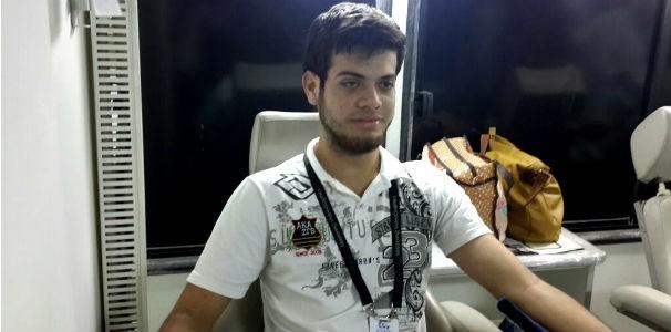 Colaborador na doação de sangue  (Foto: Divulgação/ Marketing OAM)