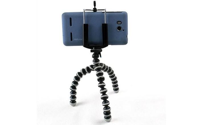 Para um melhor resultado invista em um tripé para celular (Foto: Divulgação/Gorillapod)